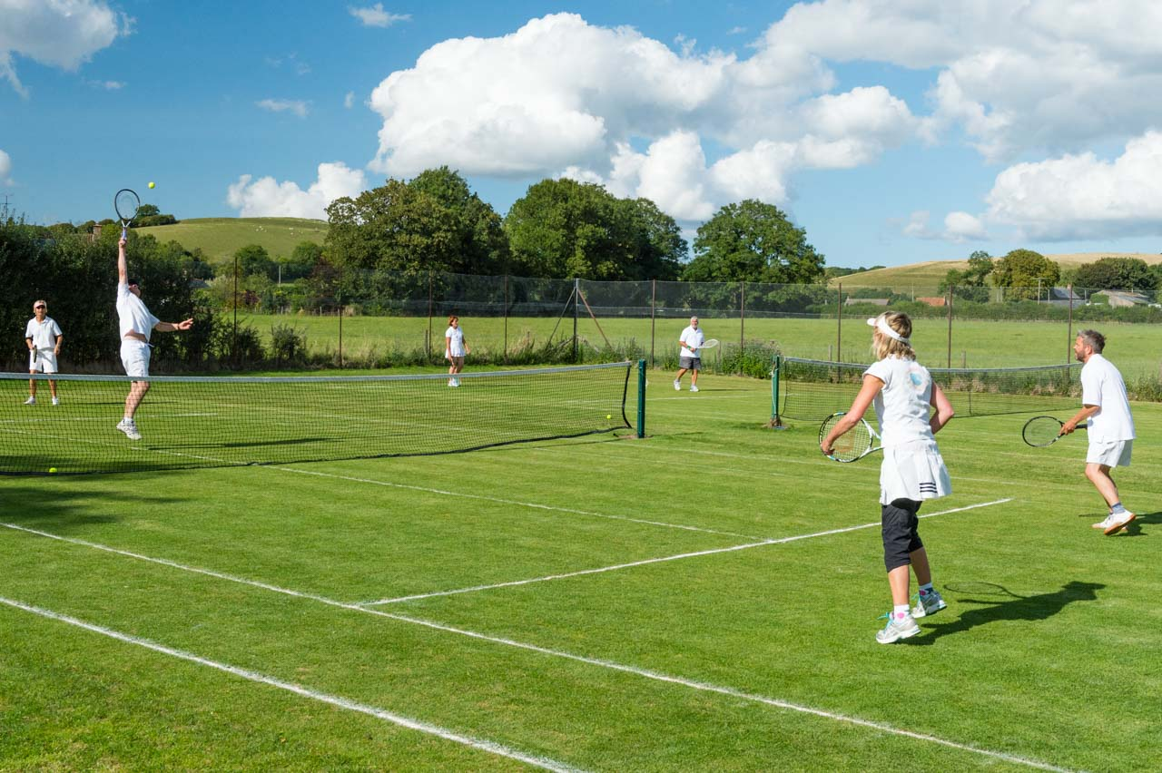 Superb courts in a beautiful setting