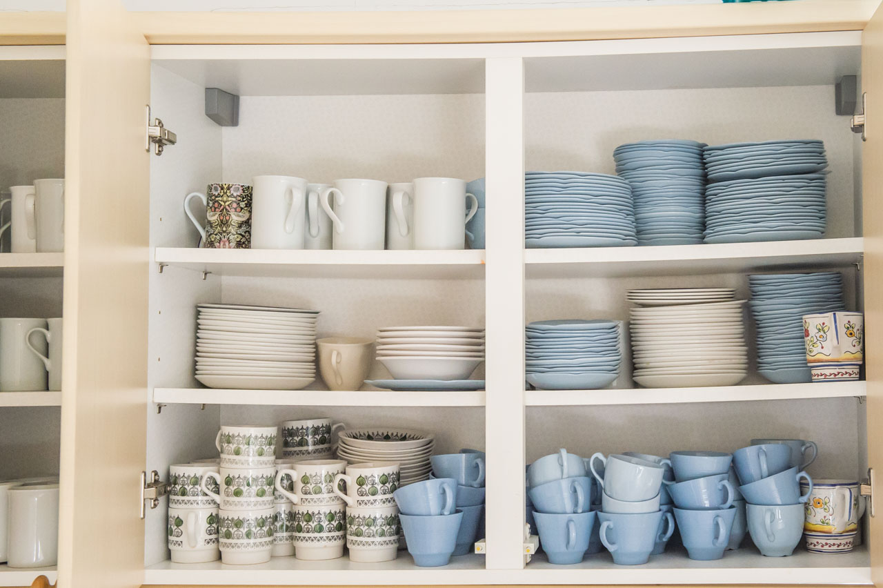 More of the extensive range of crockery
