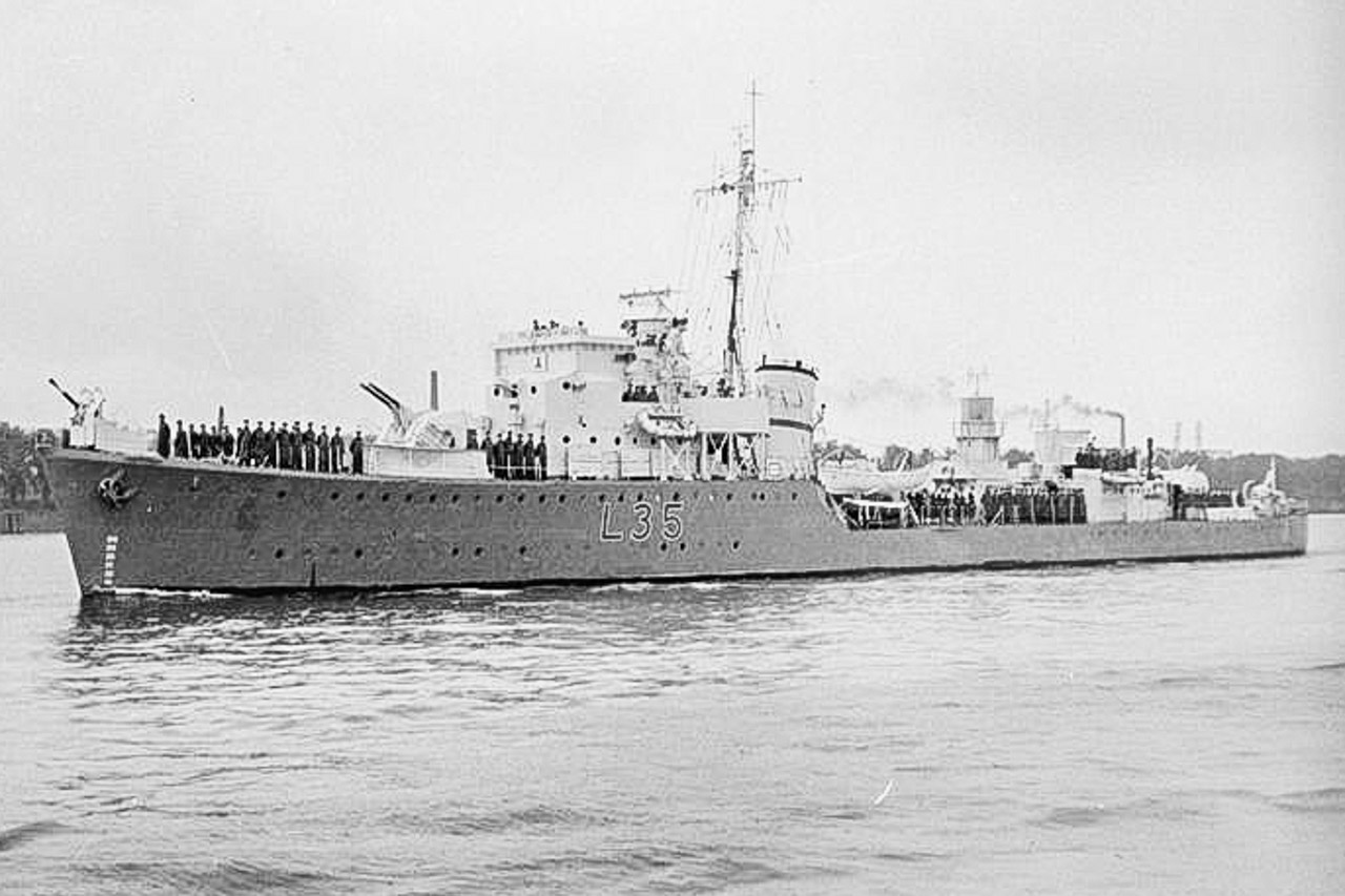 The 2nd HMS CATTISTOCK L35 Destroyer in WW2
