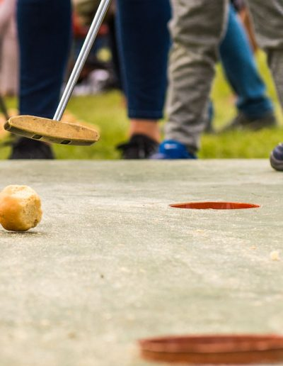 Dorset Knob Throwing 2019: Putt the Knob takes golf to a new level