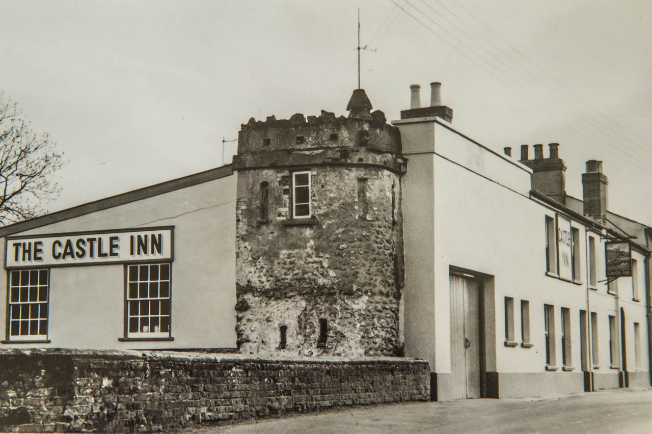 The Castle Inn in Maiden Newton, as it would have been in Herbie's drinking days