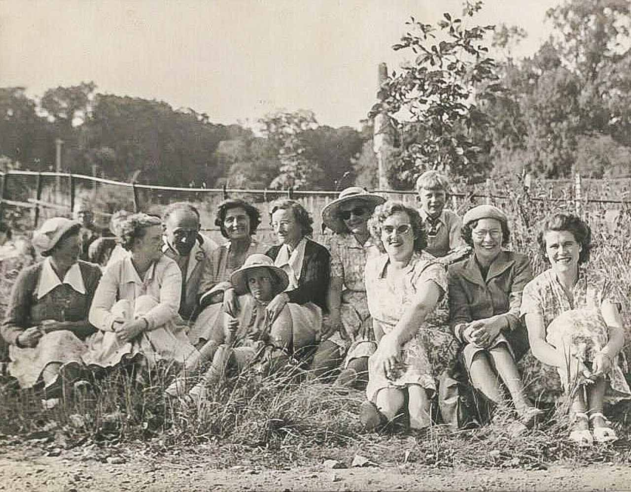 A 1950's Cattistock village outing
